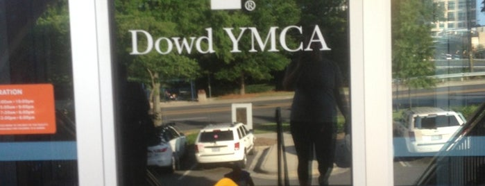 Dowd YMCA is one of Posti che sono piaciuti a James.