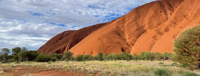 Uluṟu is one of James'in Beğendiği Mekanlar.