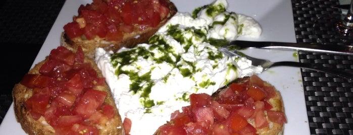 Palapa Restaurant & Bar is one of Restaurantes favoritos.