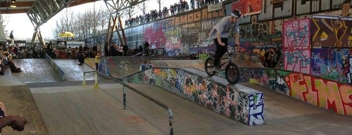 Skatepark de Bercy is one of Paris.