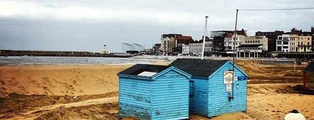Margate Main Sands is one of England / Kent.