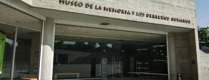 Museo de la Memoria y los Derechos Humanos is one of Chichichi Lelele.