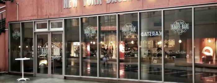 New York Bagel Bar is one of Locais curtidos por Max.