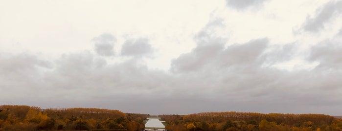 Jardins du Château de Versailles is one of Gespeicherte Orte von Estela.