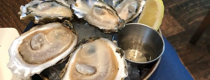 Taylor Shellfish Oyster Bar is one of Tempat yang Disimpan Fletch.