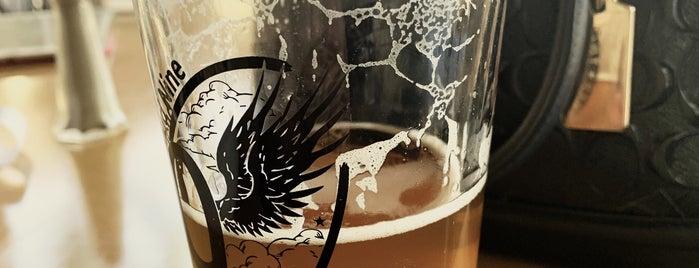 Cloud 9 Brewery is one of Crispin'in Beğendiği Mekanlar.