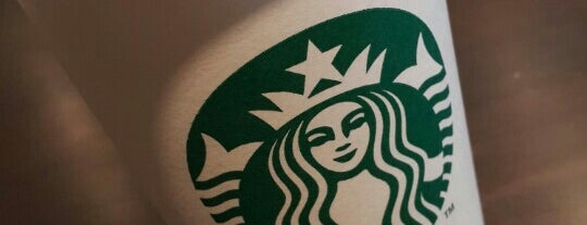 Starbucks is one of Orte, die Pablo gefallen.