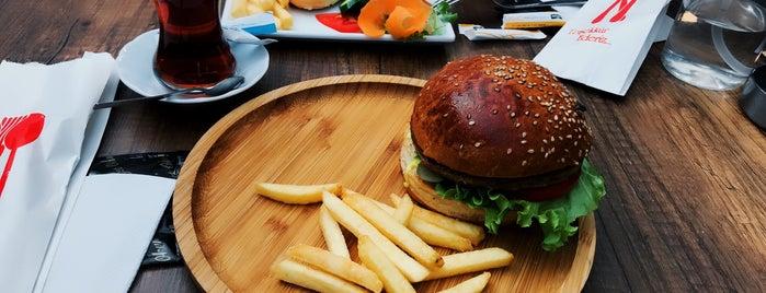 LoCa cafe&restaurant is one of Aytaç'ın Beğendiği Mekanlar.