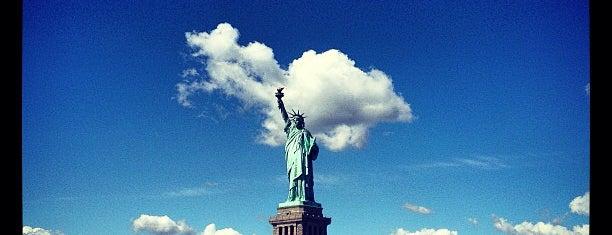 Statue de la Liberté is one of Manhattan Favorites.