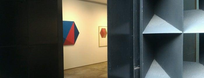 Galeria Raquel Arnaud is one of Galerias de Arte SP.