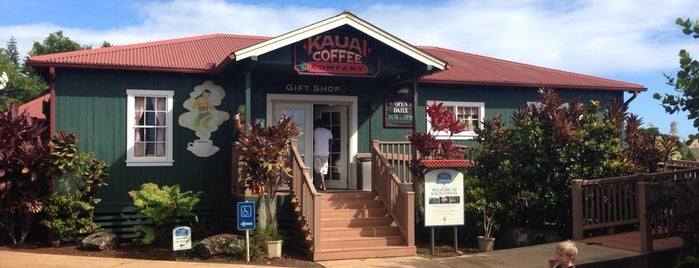 Kauai Coffee Gift Shop is one of Lugares favoritos de Bob.