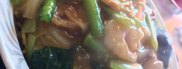 東海菜館 is one of 西五反田ランチマップ.