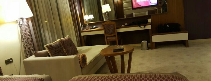 Has Suites Otel is one of Lugares favoritos de Aslıı.