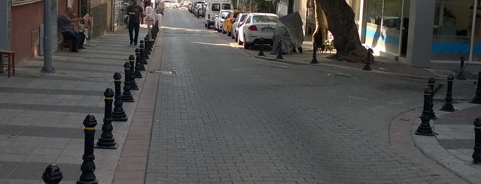 Boğaziçi kırtasiye is one of Orte, die Saddam gefallen.