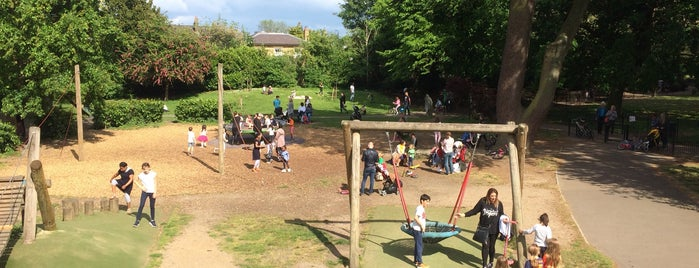 Childrens Adventure Playground @ Ravenscourt Park is one of Tempat yang Disukai andrew.