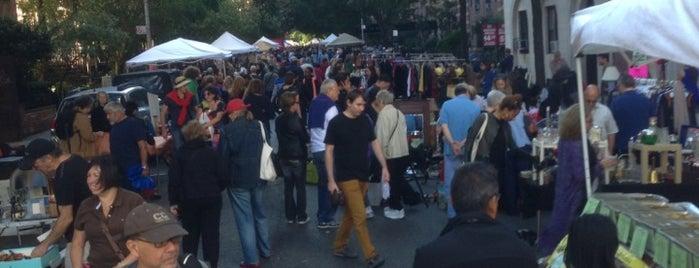 London Terrace Street Fair is one of Tempat yang Disukai Gabbie.