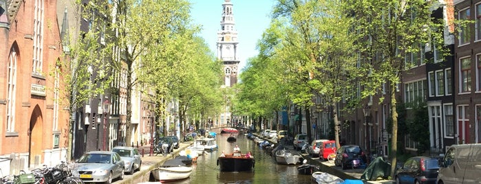Amsterdam is one of Orte, die Mitchell gefallen.