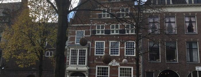Uit de Kunst is one of Thomasさんの保存済みスポット.