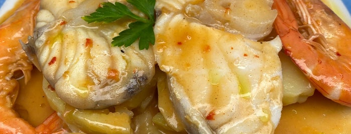 Restaurante El Cantoncillo is one of Galicia.