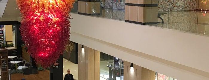 Damoon Shopping Center | مرکزخرید دامون is one of Tempat yang Disukai H.
