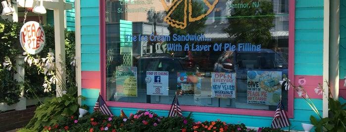peace pie is one of Lieux sauvegardés par Lizzie.