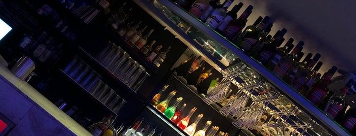 Zahara Cocktailbar is one of Den Haag Scheveningen.