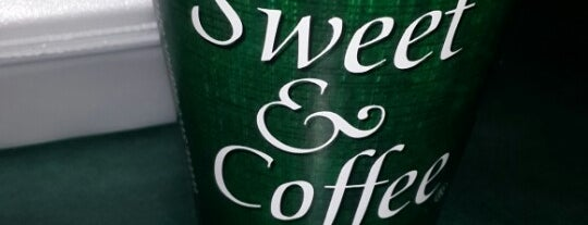 Sweet & coffee is one of Lieux qui ont plu à Pierre.