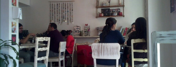 Ghigliotto Bistro-Café is one of María Loretoさんの保存済みスポット.