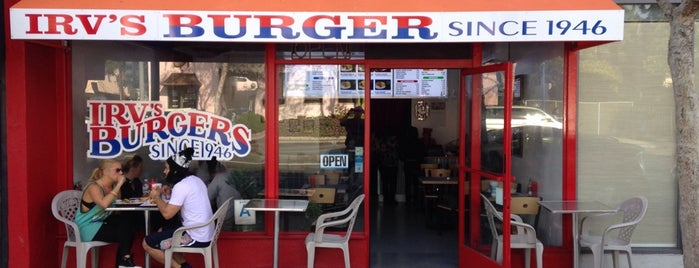Irv's Burgers is one of Lugares guardados de Ajda.