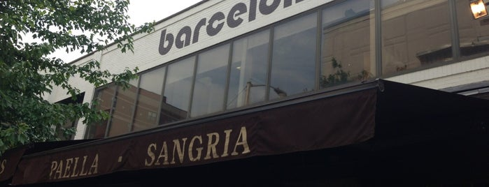 Barcelona Wine Bar Restaurant is one of Tempat yang Disukai Bridget.