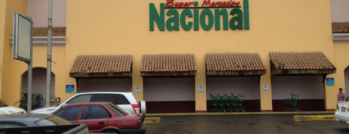 Supermercado Nacional is one of Fave's.