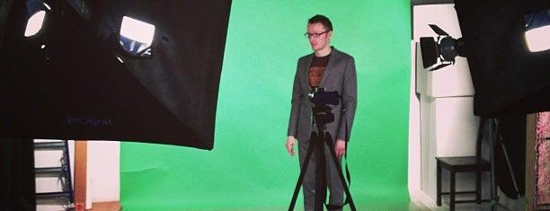Фотостудия 13 is one of фотостудии.