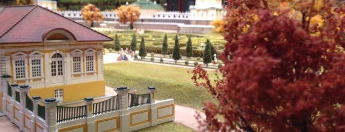 Интерактивный музей-макет «Петровская Акватория» is one of สถานที่ที่ Frank ถูกใจ.