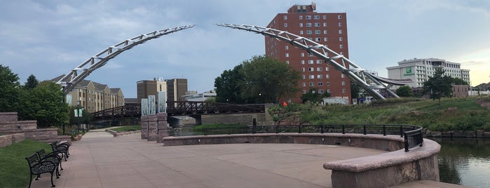 River Greenway Pedestrian Bridge is one of Top Things to do in Sioux Falls.