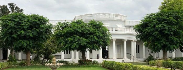 Jiva Spa @ Taj Falaknuma Palace Hotel is one of Lugares que quero conhecer.