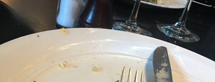 Taste Baguette is one of สถานที่ที่บันทึกไว้ของ Denea.