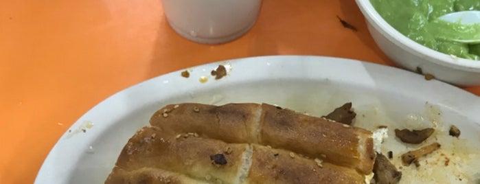 """Taqueria """"El Rey del Taco"""" is one of Orte, die Ismael gefallen."""