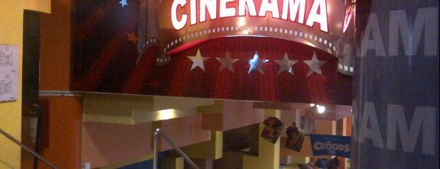 Cinerama - El Pacífico is one of Lieux qui ont plu à Sebastian.