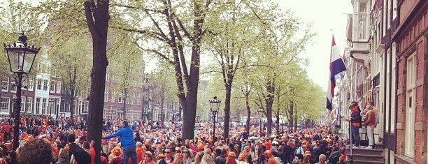 Koninginnedag/Queen's Day is one of Must Have in Amsterdam.