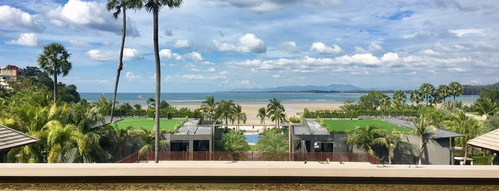 Phuket Marriott Resort And Spa, Nai Yang Beach is one of Lugares favoritos de Paolo.