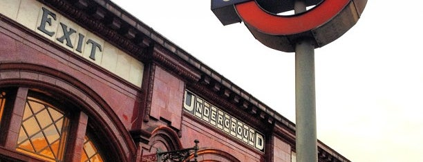 Kilburn Park London Underground Station is one of Martins 님이 좋아한 장소.