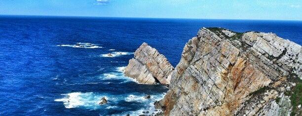 Cabo de Peñas is one of Tempat yang Disukai Jonatan.