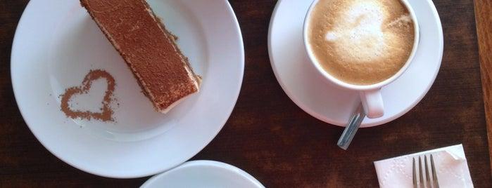 Café Mancerinas is one of Orte, die Rocío gefallen.