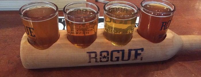 Rogue Ales Public House & Distillery is one of Portlandeau.
