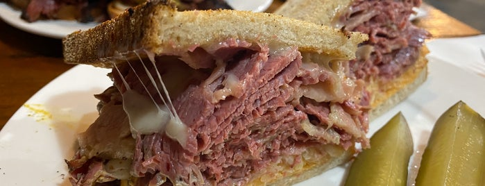 Pastrami Masters is one of North Brooklyn Food.