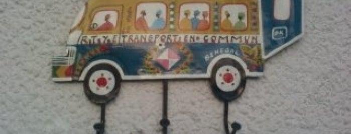 Evelyn Car Service is one of Lieux qui ont plu à Massamba.