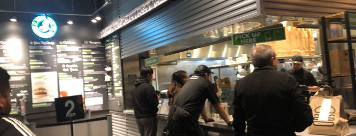 Shake Shack is one of Mauricio 님이 좋아한 장소.
