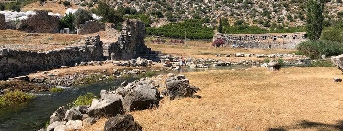 Limyra Antik Kenti is one of Antalyada gezmelik, görmelik, yüzmelik.
