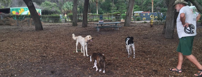 Ron Parker Dog Park is one of Museums, Parks and Schtuff.