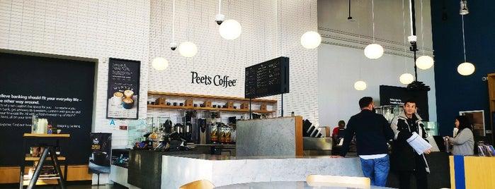 Capital One Café is one of Tempat yang Disukai Pomona.